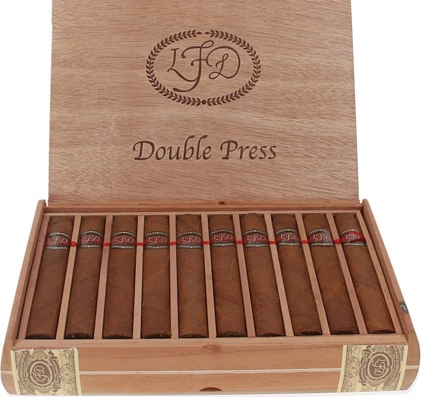 La Flor Dominicana Double Ligero Double Press